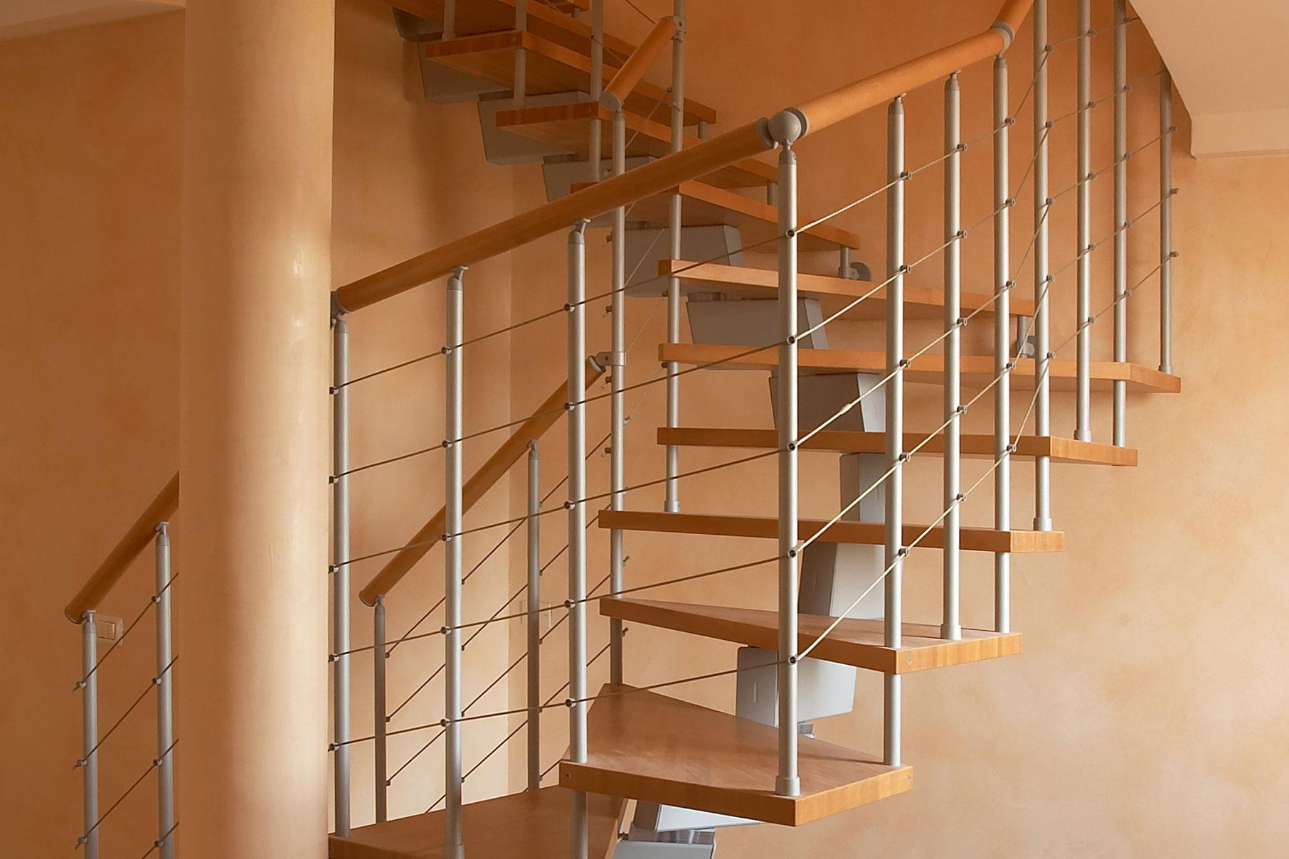 Vendita scale per interni su misura modena e provincia - Scale classiche per interni ...